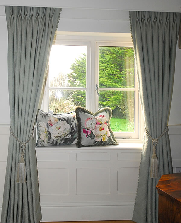 DOUBLE PLEATED CURTAINS